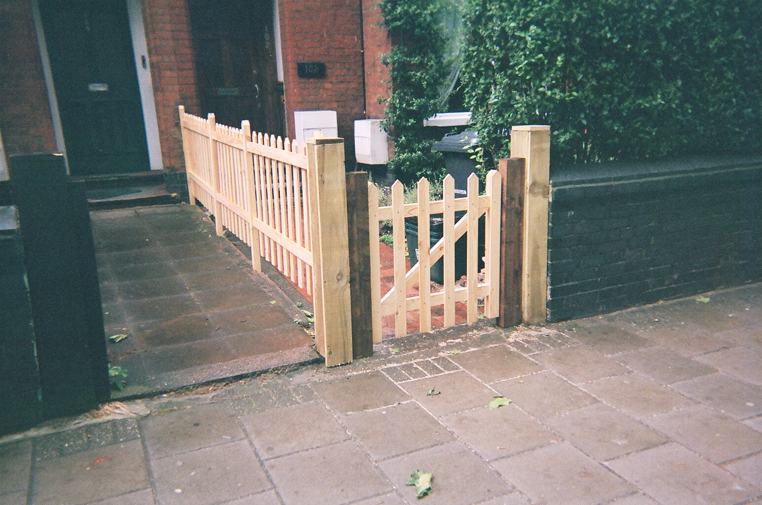 Wood fence diagrams wood get free image about wiring diagram for How to build a small fence